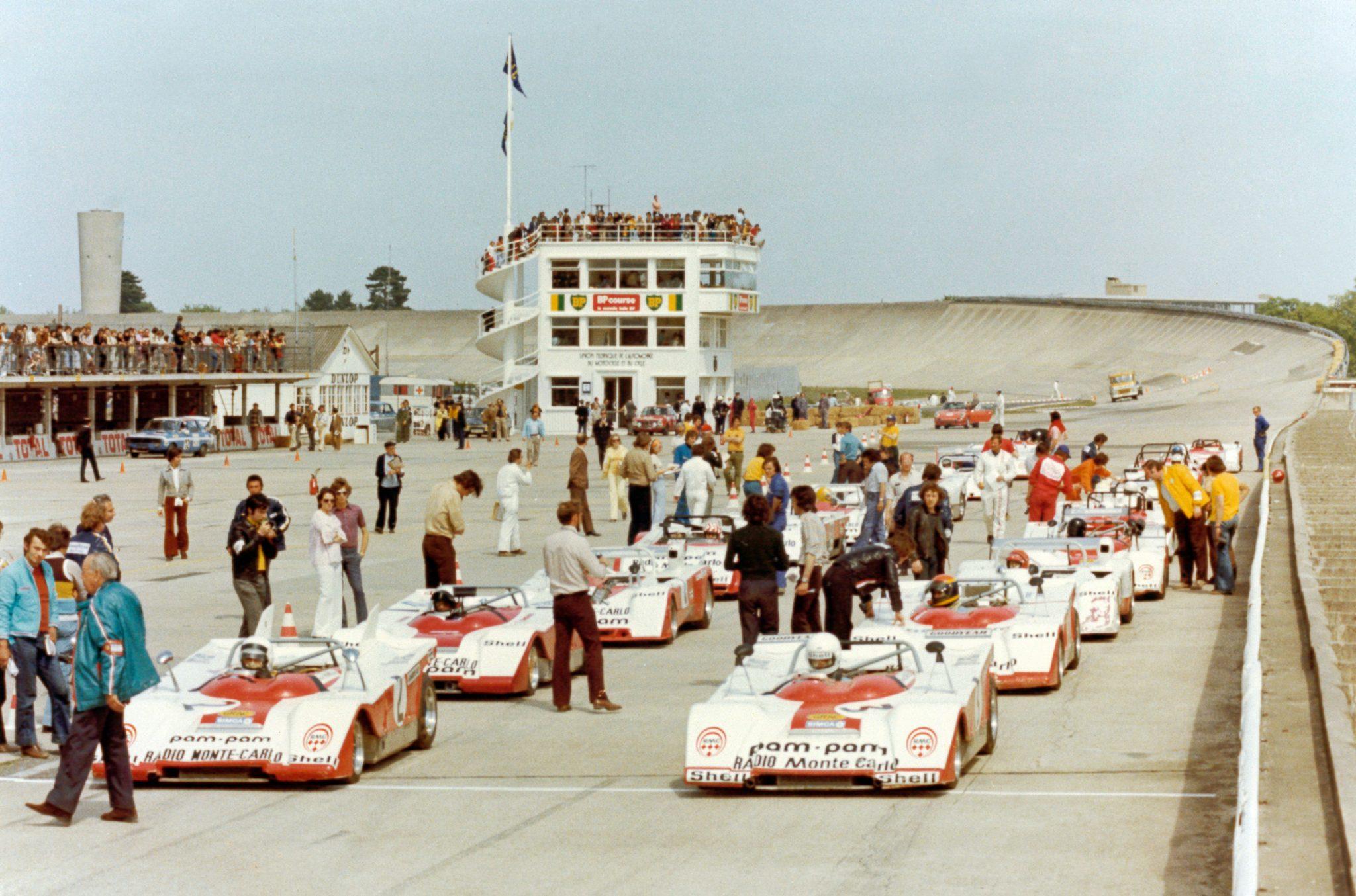 1973 - Depart Coupe Simca Shell - Montlhéry - En 1ère Ligne Max Mamers